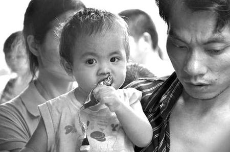 灾区急需婴幼儿配方奶粉