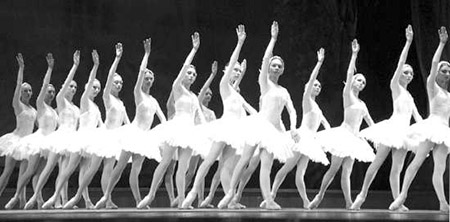 俄罗斯国家芭蕾舞团莅汕献演《天鹅湖》