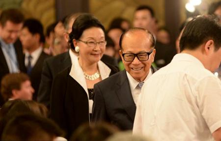 李嘉诚出席长江国际商会成立仪式任名誉会长