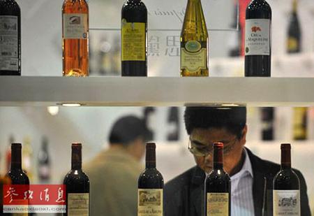 中国葡萄酒消费量十年首降法酒商寻替代市场